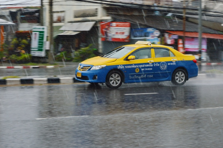 Taxi in the Wet 1